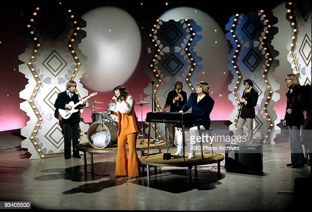 SHOW The Carpernters March 24 Karen Carpenter Richard Carpenter