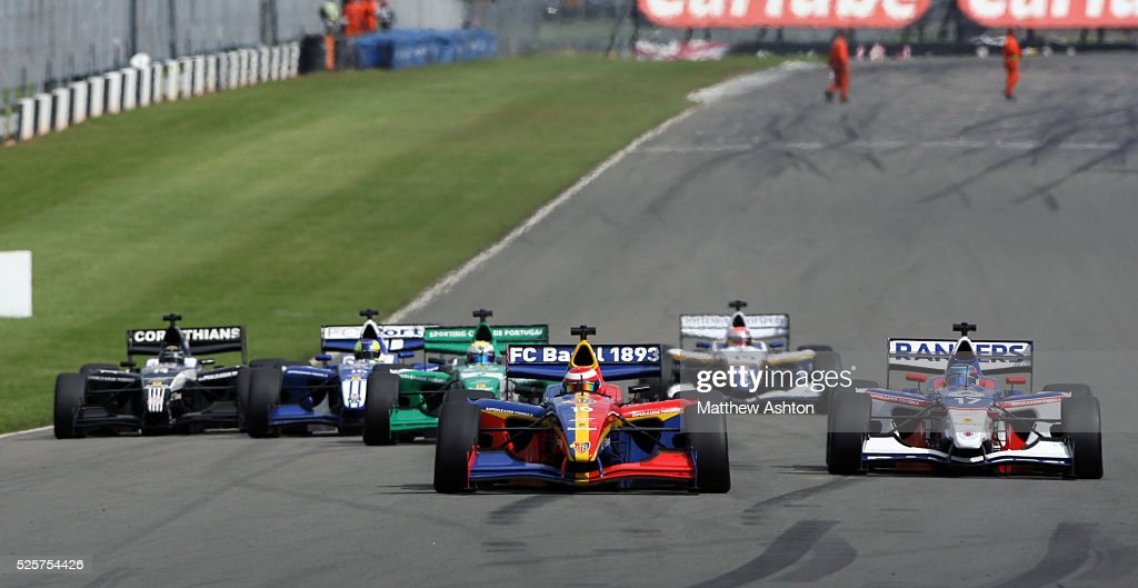 The cars line up for the start at Donington Park