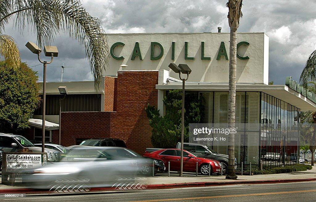 Casa De Cadillac >> The Casa De Cadillac Dealership In Sherman Oaks On Apr 4