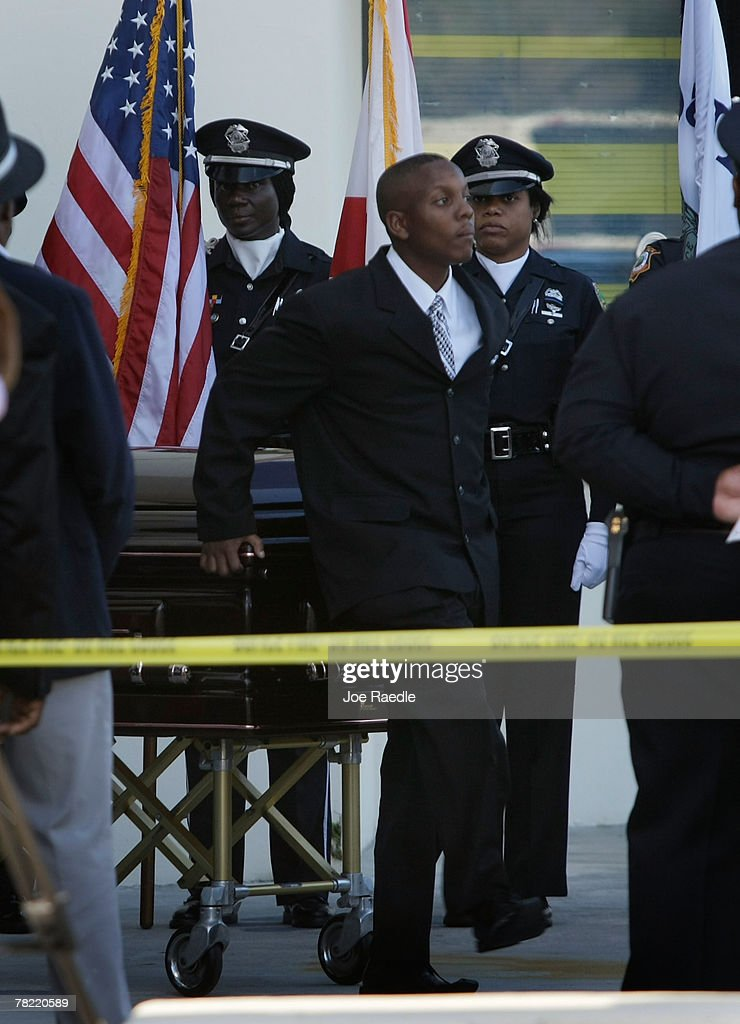 Sean Taylor Funeral : News Photo