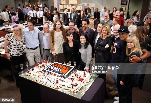 The cast and crew attend the 100th episode cakecutting ceremony of the television show Criminal Minds held at Quixote Studios on October 19 2009 in...
