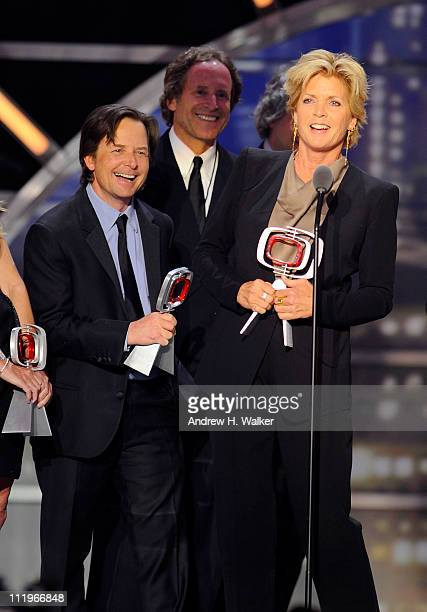 The cast and crew of Family Ties Michael J Fox Michael Weithorn and Meredith Baxter accept the Award for Fan Favorite onstage at the 9th Annual TV...
