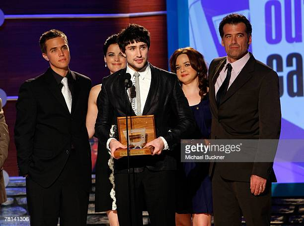 The cast and crew of 'Kyle XY' accept the Outstanding Cable Series award onstage during the 9th annual Family Television Awards held at the Beverly...