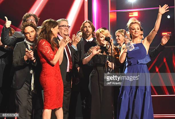 The cast and crew of 'The Big Bang Theory' accept an award onstage during the People's Choice Awards 2017 at Microsoft Theater on January 18, 2017 in...