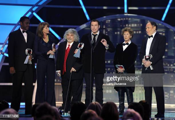 The cast and crew of Welcome Back Kotter Lawrence HiltonJacobs Marcia Strassman Robert Hegyes John Travolta Ellen Travolta and Gabe Kaplan accept the...