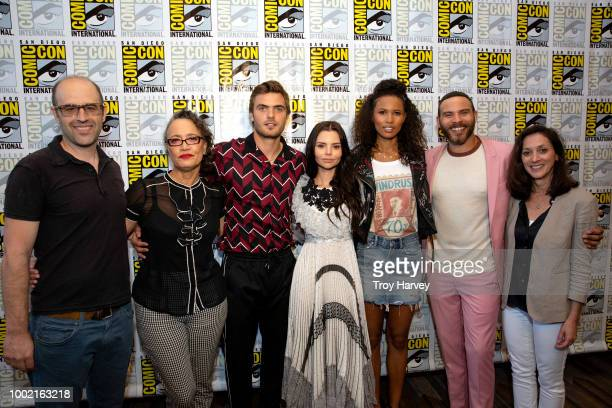 SIREN The cast and executive producers of Freeforms fan favorite mermaid drama series Siren attend 2018 San Diego ComicCon RENA OWEN ALEX ROE ELINE...