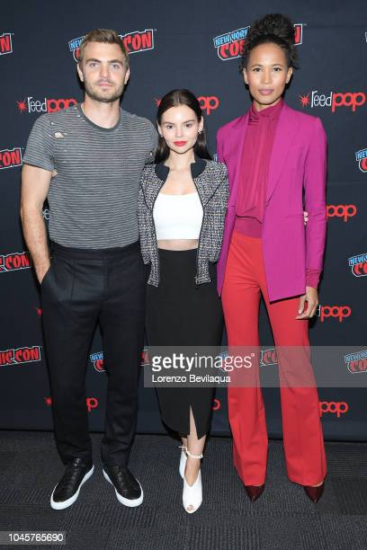 SIREN The cast and executive producers of Freeforms fan favorite mermaid drama series Siren attend 2018 New York ComicCon AKINGBOL