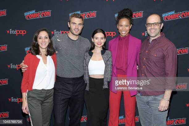 SIREN The cast and executive producers of Freeforms fan favorite mermaid drama series Siren attend 2018 New York ComicCon ALEX ROE ELINE POWELL FOLA...