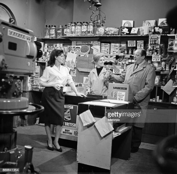 The cast of 'Coronation Street' on set. Pat Phoenix with newcomers Irene Sutcliffe and John Sharp, 16th April 1968.
