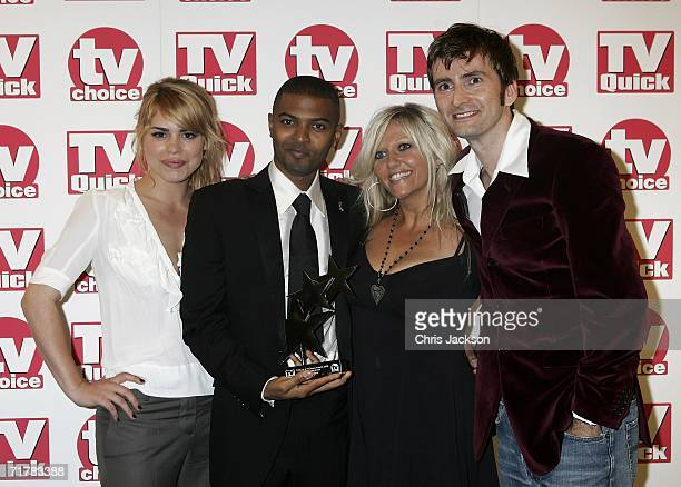 The Cast of Doctor Who poses with the award for Best Loved Drama Series at the TV Quick and TV Choice Awards at the Dorchester Hotel Park Lane on...