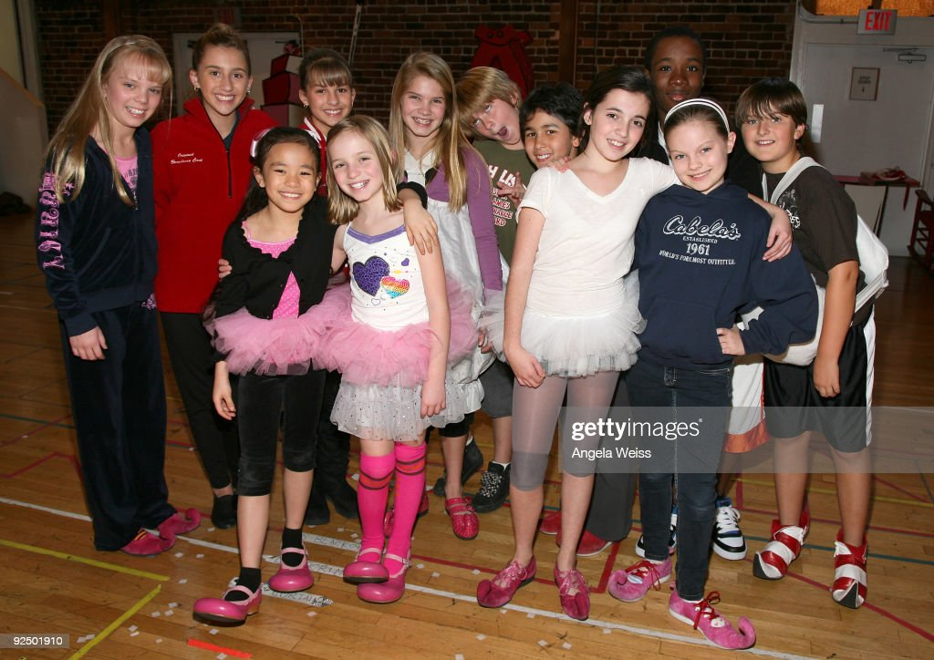 The Grinch Stole Christmas Cast.The Cast Of Dr Seuss How The Grinch Stole Christmas
