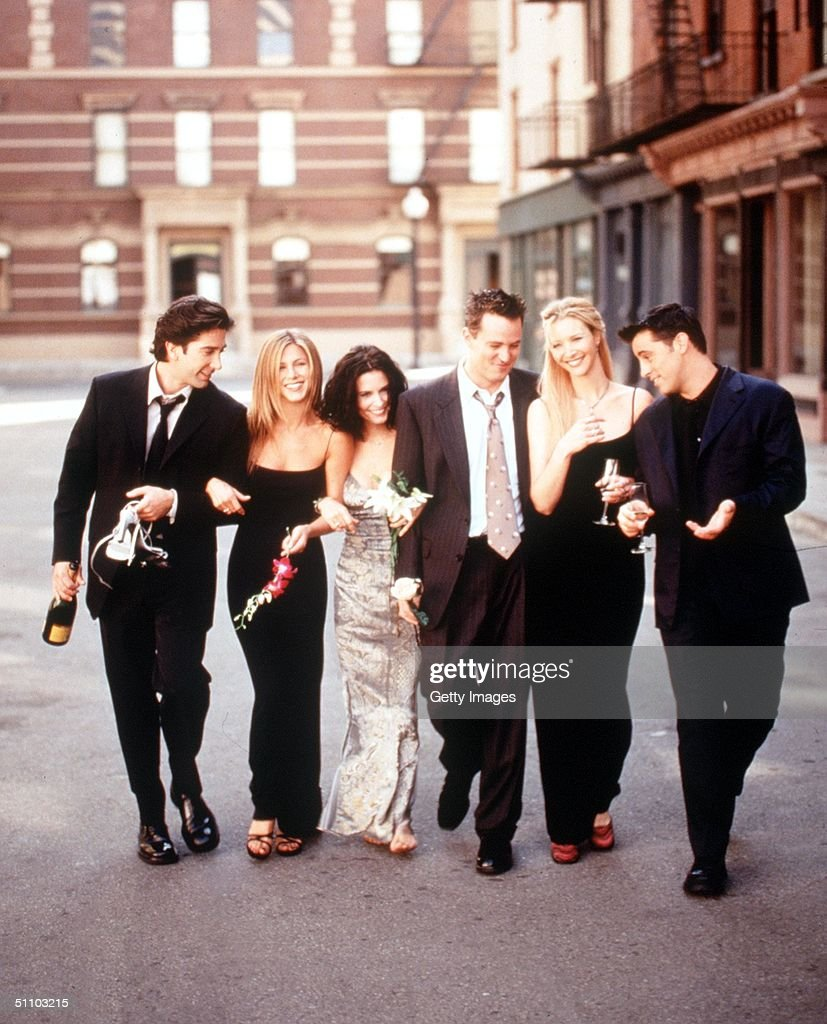 The Cast Of 'Friends' 1999-2000 Season. From L-R: David Schwimmer, Jennifer Aniston, Courteney Cox Arquette, Matthew Perry, Lisa Kudrow And Matt Leblanc.