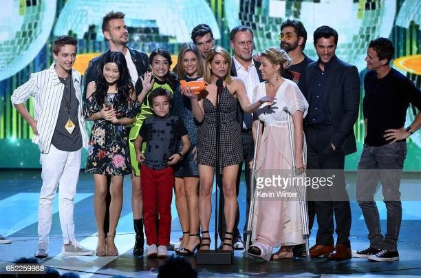 The cast of Fuller House accepts the award for Favorite TV Show – Family Show onstage at Nickelodeon's 2017 Kids' Choice Awards at USC Galen Center...