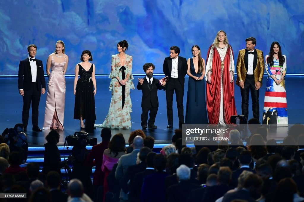 TOPSHOT-US-ENTERTAINMENT-TELEVISION-EMMYS-SHOW : News Photo
