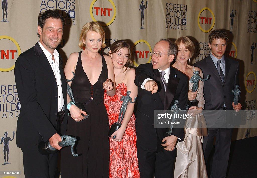The Cast Of Gosford Parkjeremy Northam Emily Watson Kelly