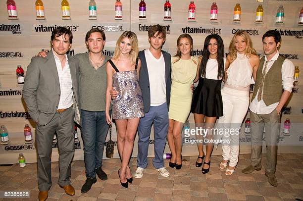 The cast of Gossip Girl Matthew Settle Ed Westwick Taylor Momsen Chase Crawford Leighton Meestor Jessica Szhor Blake Lively and Penn Badgley attend...