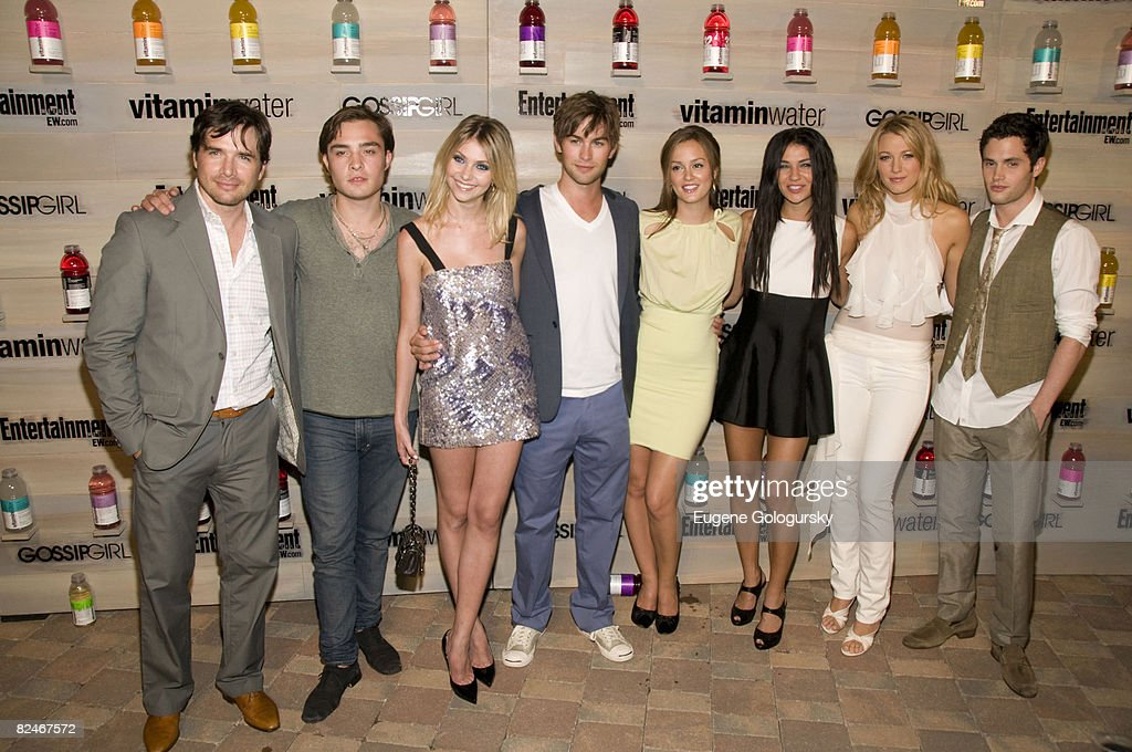 """Vitaminwater Hosts an End-of-Summer Hamptons Bash for the CW Network's """"Gossip Girl"""" : News Photo"""