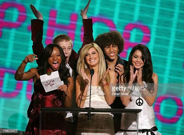 "The cast of ""High School Musical"" Monique Coleman, Lucas Grabeel, Ashley Tisdale, Corbin Bleu, and Vanessa Anne Hudgens present the award for..."