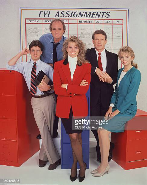 The cast of MURPHY BROWN from left Grant Schaud Joe Regalbuto Candice Bergen Charles Kimbrough and Faith Ford Image dated August 2 1988