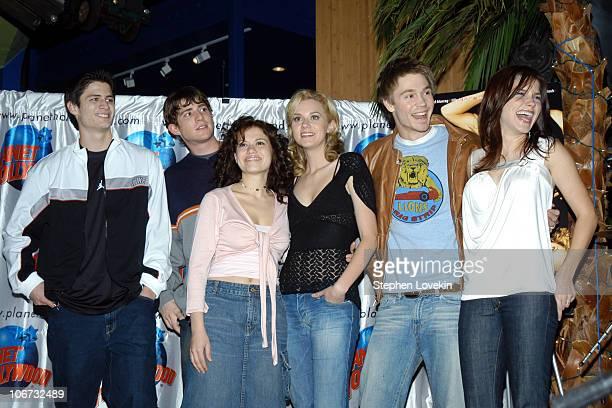 The cast of 'One Tree Hill' James Lafferty Bryan Greenberg Bethany Joy Lenz Hilarie Burton Chad Michael Murray and Sophia Bush