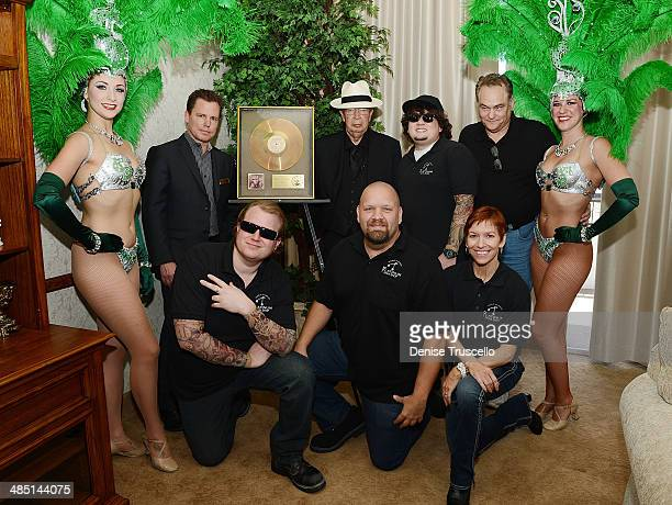 The cast of PAWN SHOP LIVE Kady Heard Garret Grant Troy Tinker Sidney Kounkle Gus Langley Sean Critchfield Anita Bean and History's Pawn Stars...
