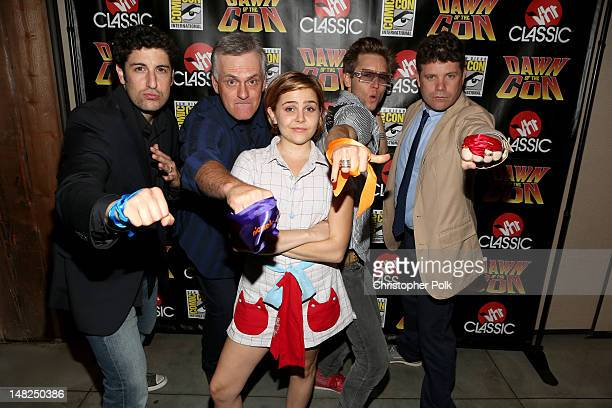 The cast of Teenage Mutant Ninja Turtles Jason Biggs Rob Paulsen Mae Whitman Greg Cipes and Sean Astin attend the Dawn Of The Con at PETCO Park on...