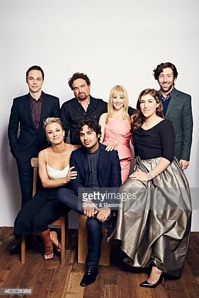 The Cast of 'The Big Bang Theory' actor Kaley Cuoco Jim Parsons Johnny Galecki Simon Helberg Mayim Bialik Kunal Nayyar and Melissa Rauch pose during...