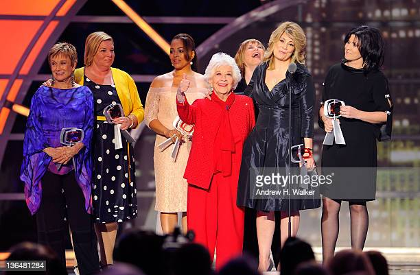 The cast of The Facts Of Life Cloris Leachman Mindy Cohn Kim Fields Charlotte Rae Geri Jewell Lisa Whelchel and Nancy McKeon accept the Pop Culture...