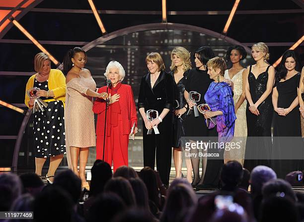 The cast of The Facts Of Life Mindy Cohn Kim Fields Charlotte Rae Geri Jewell Lisa Whelchel Nancy McKeon and Cloris Leachman accept the Pop Culture...