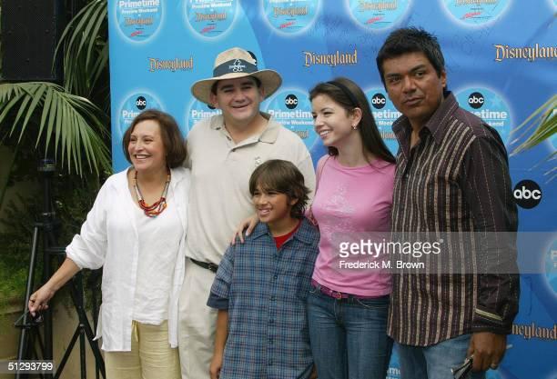 The cast of the 'George Lopez Show' Belita Moreno Valente Rodriquez Luis Armand Garcia Masiela Lusha and George Lopez attend the ABC Primetime...