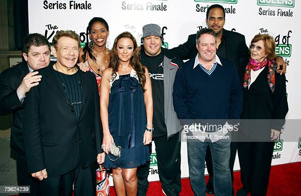 The cast of 'The King of Queens' attends final season wrap party at Boulevard 3 on March 17 2007 in Hollywood California