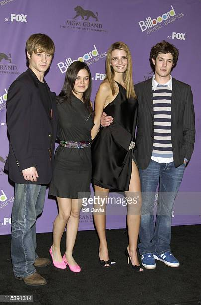The Cast of The OC Benjamin McKenzie Rachel Bilson Mischa Barton and Adam Brody