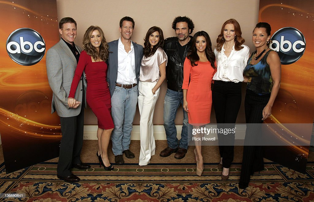 TOUR 2012 - The cast of ABC's 'Desperate Housewives' posed for a photo op at Disney/ABC Television Group's Winter Press Tour 2012. DOUG