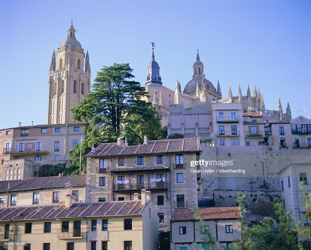 The Cathedral and Alcazar, Segovia, UNESCO World Heritage Site, Central Plateau, Spain, Europe : Foto de stock