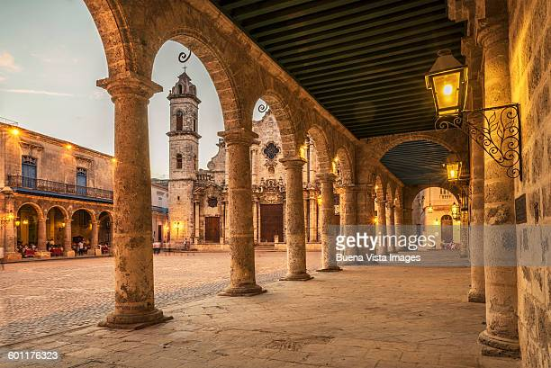 the cathedral of havana. - old havana stock pictures, royalty-free photos & images