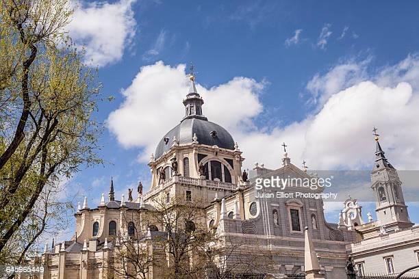the cathedral of madrid, spain. - アルムデナ大聖堂 ストックフォトと画像