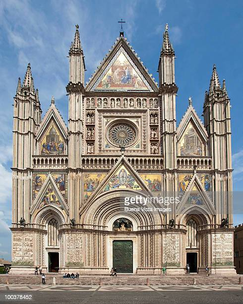 the cathedral of orvieto - orvieto stock pictures, royalty-free photos & images