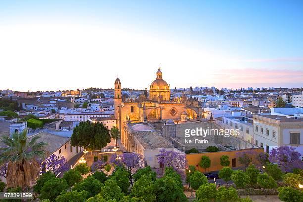 the cathedral of san salvador at dusk, jerez de la frontera, cadiz province, andalucia, spain, europe - jerez de la frontera stock pictures, royalty-free photos & images