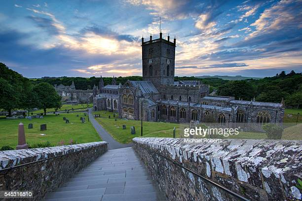 the cathedral of st davids, pembrokeshire at dusk - st davids stock pictures, royalty-free photos & images