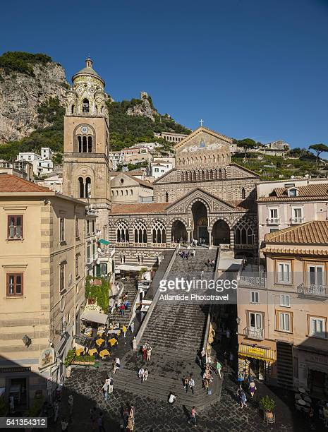the cathedral square - cathedral stock pictures, royalty-free photos & images