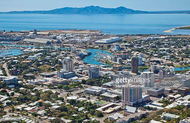 the cbd and ross river from castle hill. - townsville queensland stock pictures, royalty-free photos & images