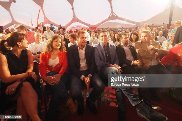 The CEFPSOE spokesman and mayor of Valladolid Óscar Puente the acting president of the Government Pedro Sánchez the president of the Progressive...