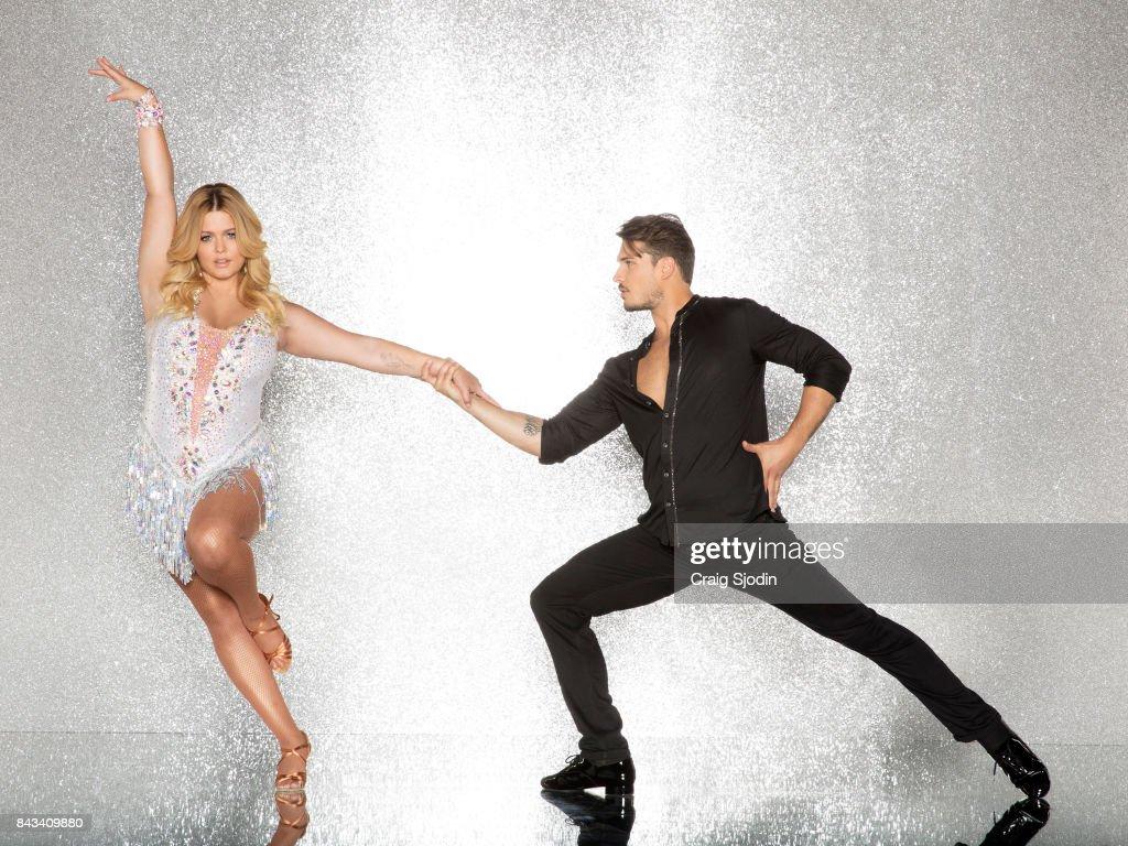 """ABC's """"Dancing With the Stars"""" - Season 25 - Portraits : Fotografía de noticias"""