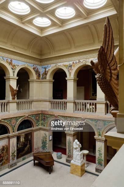 the central hall, designed by john dobson of newcastle and built in 1853-4, at wallington, northumbe - モーペス ストックフォトと画像