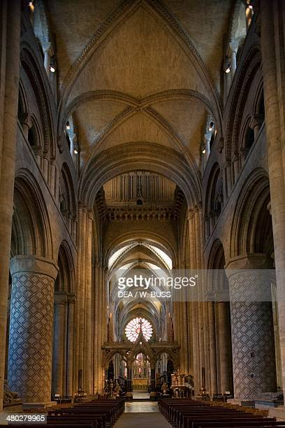 The central nave of Durham cathedral Durham , Durhamshire, United Kingdom.