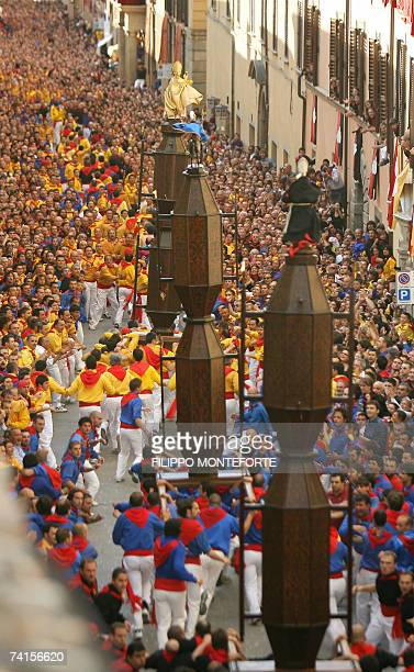 The ceraioli run through the streets of Gubbio during the Corsa dei Ceri,15 May 2007.Gubbio's Race of the Candles festival dates back to the middle...