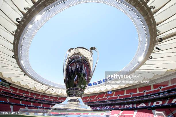 The Champions League Trophy is seen inside the stadium prior to the UEFA Champions League Final between Tottenham Hotspur and Liverpool at Estadio...