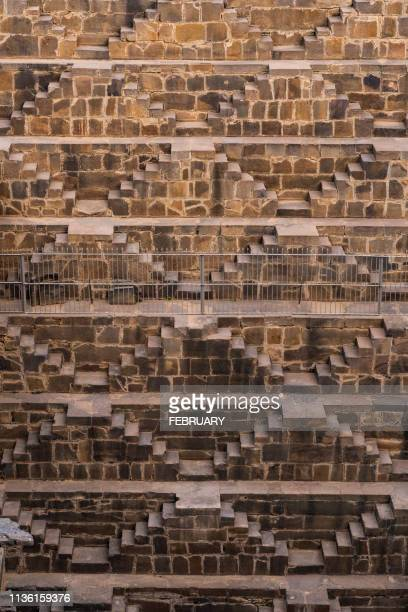 the chand baori stepwell, rajasthan, india - chand baori stock pictures, royalty-free photos & images