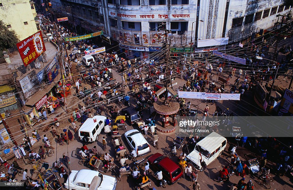 The chaotic junction of Dasawamedh Ghat Road and Mandapur Road in Varanasi. : Photo
