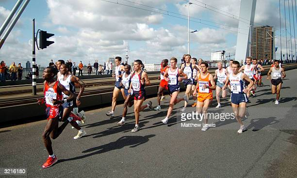 The Chase pack run over the Erasmusburg Bridge during the Rotterdam Marathon on April 4 2004 in Rotterdam Netherland